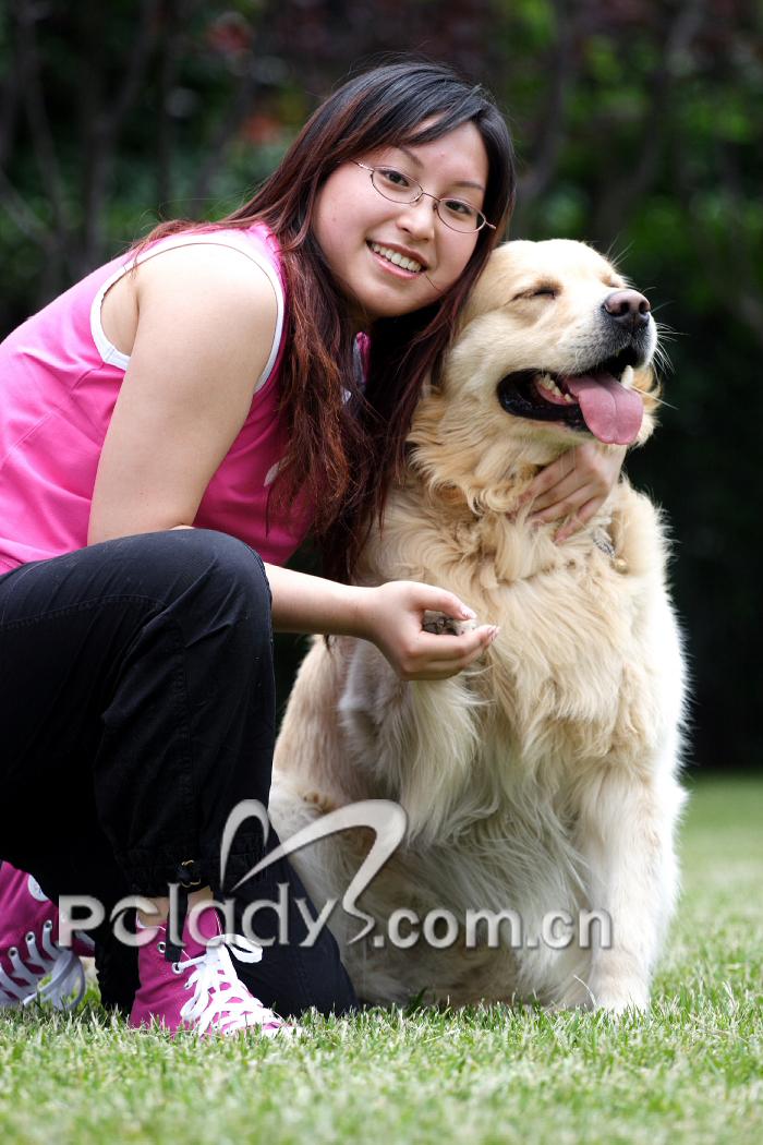 欧洲女人与狗交配_女人养大狗的用途-女人养大狗一半以上/女人养狗会和它交性吗